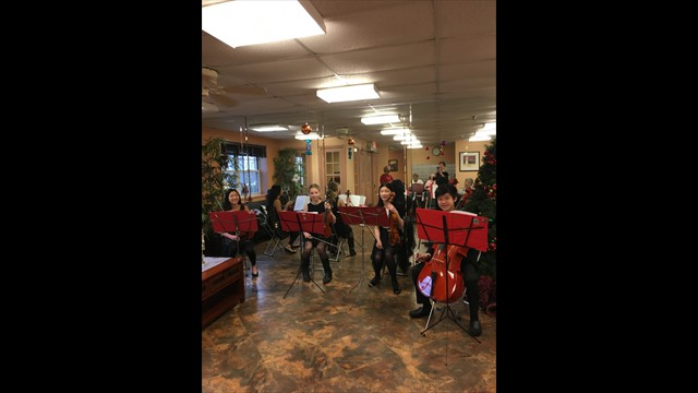 Students performed concert at Assisted Living House